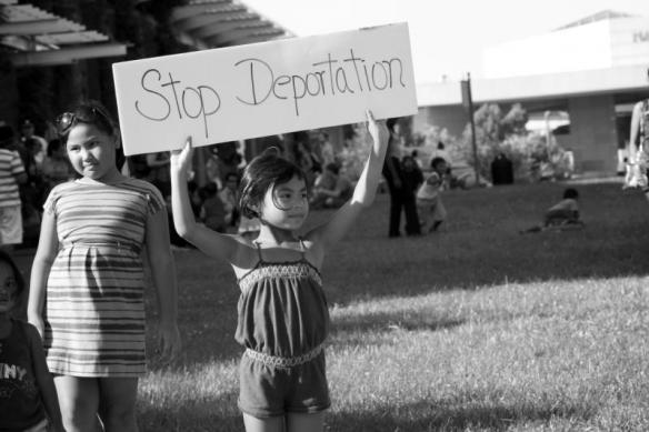 stop_deportation1